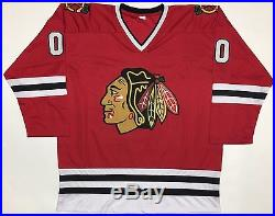 CHEVY CHASE GRISWOLD AUTOGRAPHED BLACKHAWKS JERSEY with BECKETT COA #I49046
