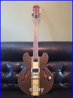 Epiphone Signature Tom DeLonge ES-333 Electric Guitar AUTOGRAPHED with COA
