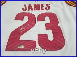 LeBron James Autograph Signed Cleveland Cavaliers Jersey with COA