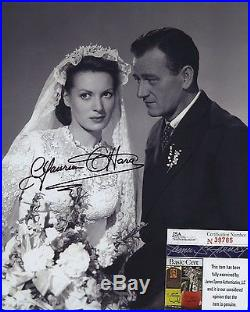 Maureen O'hara Signed Autographed Bw 8x10 Photo Jsa Coa Spence With John Wayne