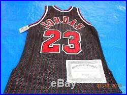 reputable site 3e79e 01162 Autographs With Coa   Michael Jordan Autographed Black ...