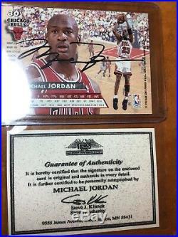 Michael Jordan Chicago Bulls Autograph Card with COA! GOAT