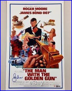 ROGER MOORE Signed MAN WITH THE GOLDEN GUN 11x17 Movie Poster BAS Beckett COA